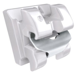 Self ligating clear ceramic bracket